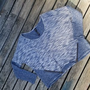 🌾3 for  30🌾Jessica Simpson cropped sweater